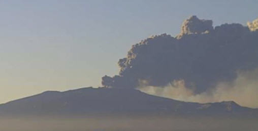 Vulkan 100511-0549